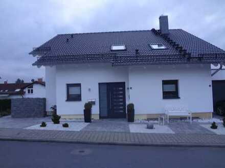 Schöne, gepflegte 2-Zimmer-Wohnung mit Terrasse und EBK in Lützelbach