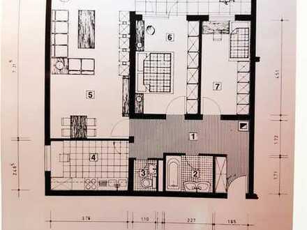 Moderne und gepflegte 3-Zimmer-Wohnung mit Balkon in Limburgerhof