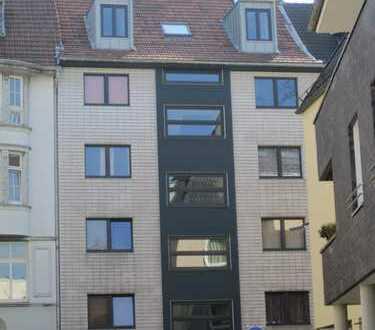 Haus mit 23 - Zimmern in Köln, Mülheim