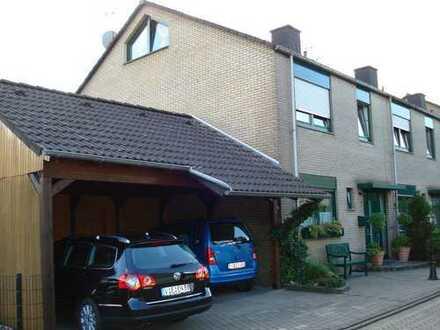 Schönes Haus mit fünf Zimmern in Krefeld, Gellep-Stratum