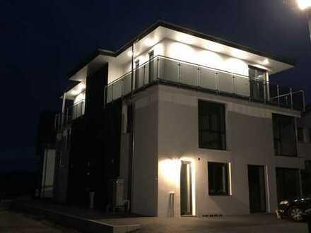 Wohnen auf Zeit in exklusive 3-Zimmer-Penthouse-Wohnung in Löhne.