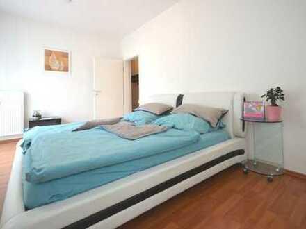 Hier schlafe ich ganz sicherlich hervorragend - komplett eingerichtetes Apartment, zentrumsnah