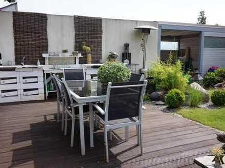 2 Zimmer in einem modernen, exclusiven Haus, super Küche, tolles Wohnzimmer,