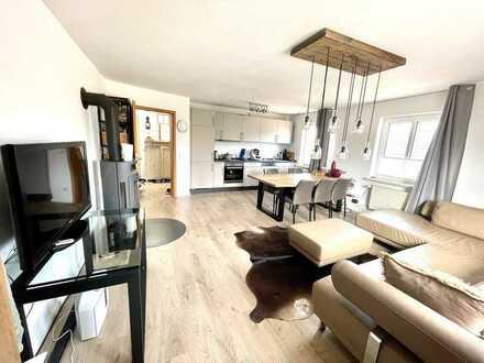 Modernisierte Wohnung mit 2,5 ZI., Kamin und EBK in Zentrum Südheide