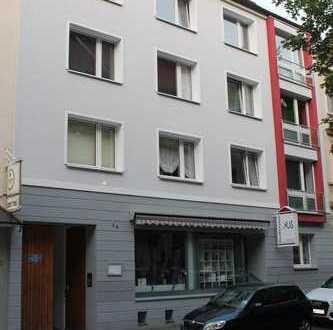 Kreuzviertel: Schöne Singlewohnung mit Balkon zum Hof