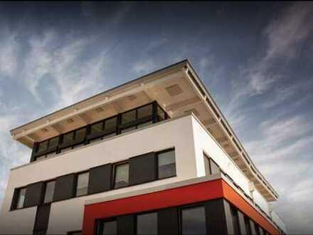 Repräsentatives & attraktives Büro direkt am Bahnhof / Dachterrasse / Parkplätze