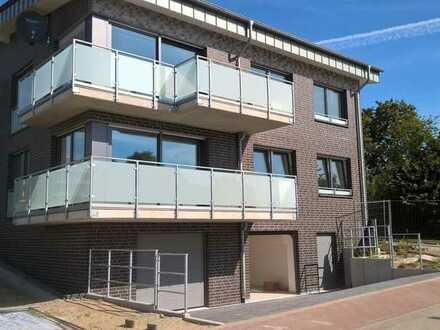 4- Zimmer- Neubau- Wohnung mit Balkon u. Garage in Kleve