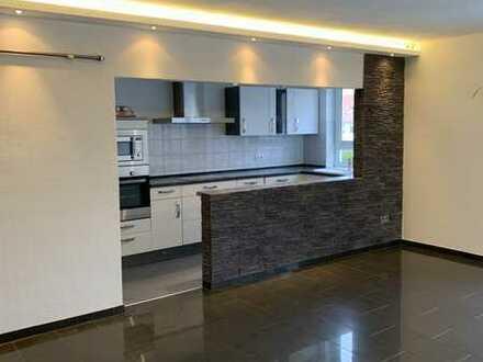 Exklusive, neuwertige 3-Zimmer-Wohnung mit EBK in Mannheim