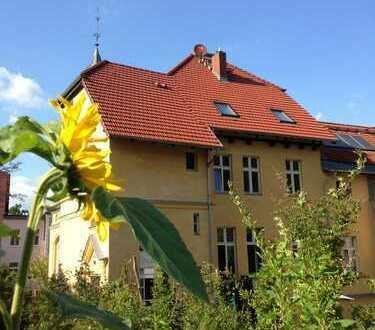 Familienfreundlich, nostalgisch sowie zentrums- und naturnah - Wohnen in einer Jugendstilvilla