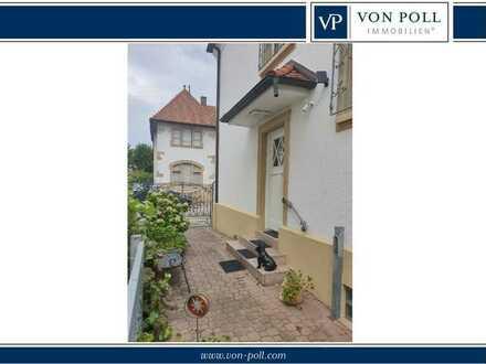 Jugendstil Zwillings-Haus mit Denkmalschutzflair in der Oststadt!