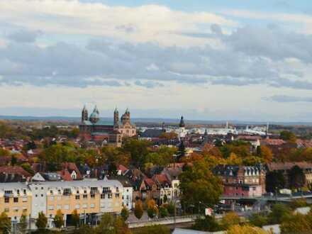 Erstbezug nach Sanierung mit Balkon: exklusive 3-Zimmer-Wohnung in Speyer