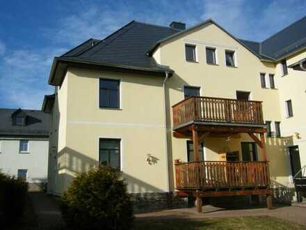 Schöne 2-Raum Wohnung mit Balkon