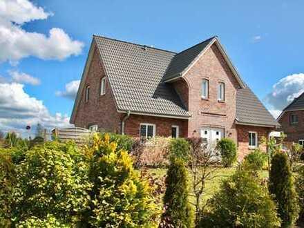 Einfamilienhaus in Topzustand mit Carport in Wester-Ohrstedt