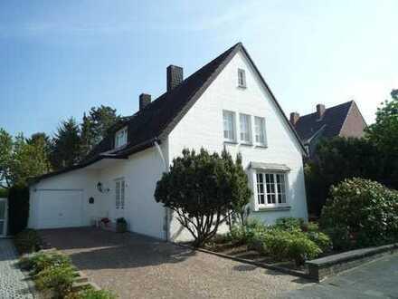 Charmantes Einfamilienhaus mit toller Raumaufteilung in bester Lage von Übach-Palenberg