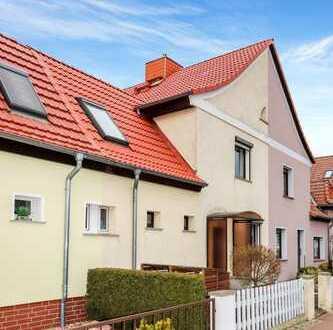 Gepflegtes Haus mit Zufahrt sucht neuen Eigentümer!