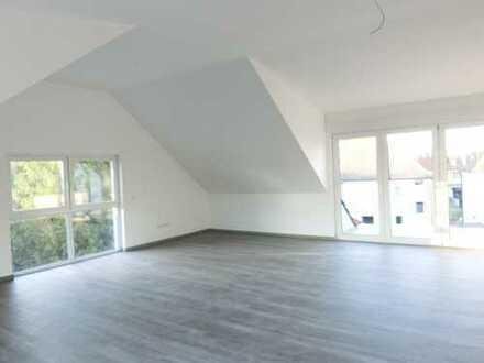 Profi Concept: Neubau-Erstbezug geräumige 3-Zimmer-Wohnung im Dachgeschoss Nahe Bahnhof Langen