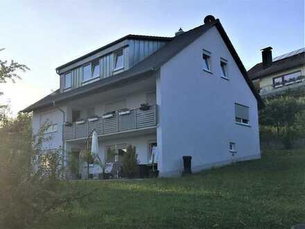Schöne, geräumige drei Zimmer Wohnung in Lehrberg, Kreis Ansbach