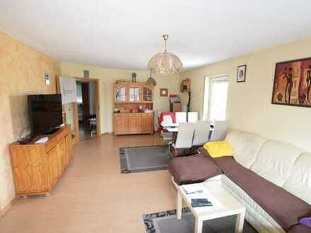 3 ZKB Wohnung mit Balkon und Feldblick