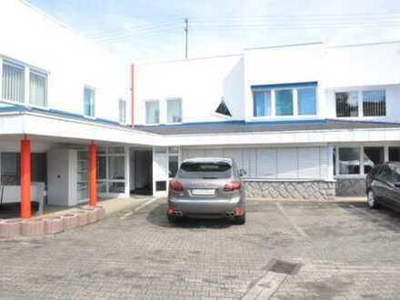 Bürogebäude ca. 400 m² mit 20 Parkplätzen im Raum Baden-Baden / Sinzheim / Bühl - zu vermieten