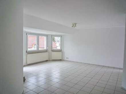 Großzügige und helle 4- Zimmerwohnung in absolut ruhiger Feldrandlage von Leimen-Gauangelloch