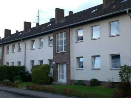 Kleine, günstige 3 ZKB mit Balkon im Schotthock - Wihostraße
