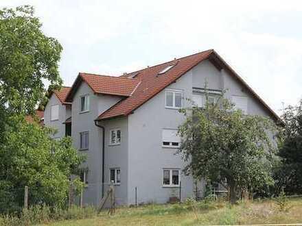 Zentral gelegene 2 Zi.-OG Wohnung in Erligheim!
