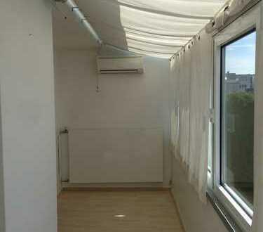 2,5 Zimmerwohnung mit Wintergarten