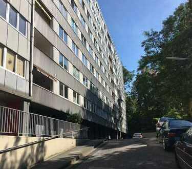 Schöne, geräumige zwei Zimmer Wohnung in Mönchengladbach Rheyd, frisch renoviert, ab Sept. 2018