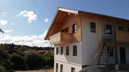 Ansprechende 3-Zimmer-DG-Wohnung mit Südbalkon in Seeg