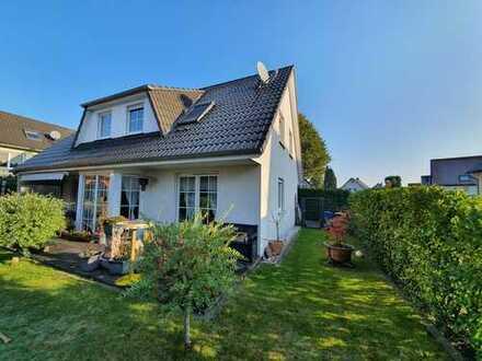 Großzügiges Einfamilienhaus für die ganze Familie in schöner Wohnlage an der Mengeder Heide!