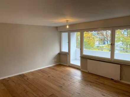 Hochwertig sanierte 1 Zimmer Wohnung mit Balkon und Neckarblick