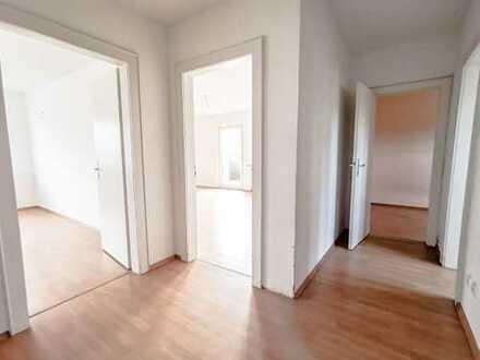 geräumige 3 Zimmerwohnung mit Balkon