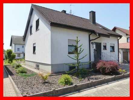 Schönes Wohnen in Minfeld - Einfamilienhaus in ruhiger Lage