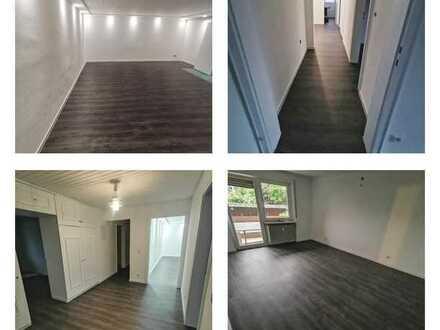 Vollständig renovierte Wohnung mit fünf Zimmern sowie Balkon und EBK in Lörrach-Ruemmingen