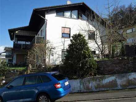 Zweifamilienhaus in sonniger Lage von Bad König
