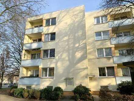 Renovierte 2,5-Zimmer-Erdgeschosswohnung mit Loggia in Bremen - Gartenstadt Vahr
