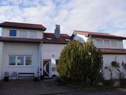 Großes Einfamilienhaus in schöner ruhiger Lage mit toller Aussicht