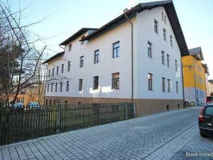 Freistehende 2-Zimmer Wohnung mit Terrasse und Stellplatz - mitten in Kempten