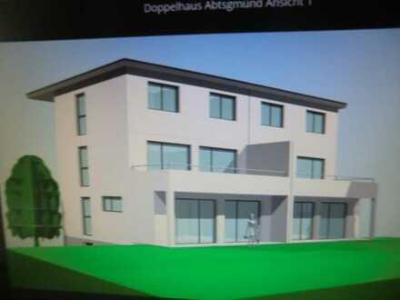 Große DHH als 2 Familienhaus (mit 2 sep. Wohnungen) -Gesamtwohnfläche 196 qm