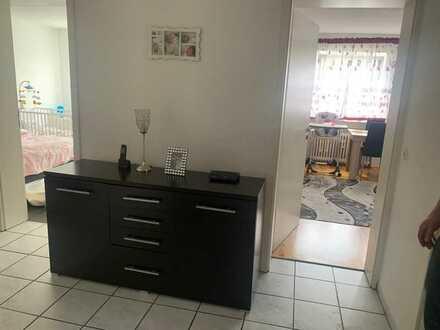 Vollständig renovierte 3-Zimmer-Wohnung mit Einbauküche in Lichtenstein