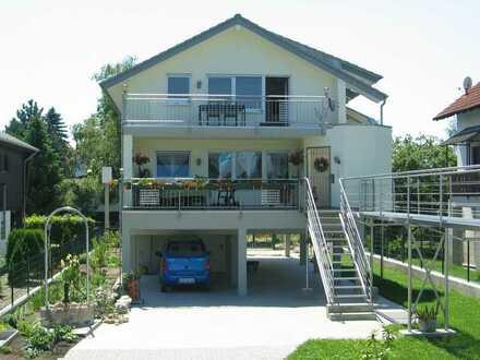 Wohnen wie im Urlaub mit direktem Rheinblick und Sonnenbalkonen - 3 Zi.-Maisonette-Wohnung