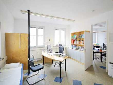 Büro- oder Praxisfläche im Ortskern von Blankenloch