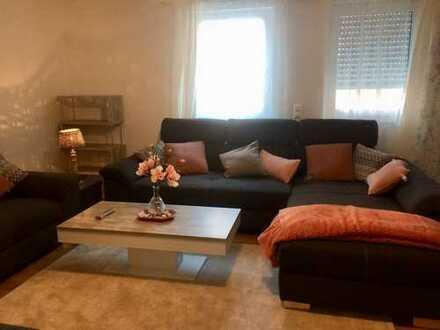 Suche Nachmieter für schöne möblierte Neubau 3 Zi Wohnung zentral