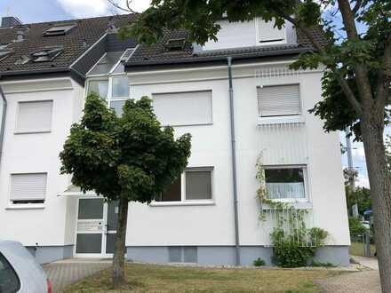 Helle, neu renovierte 3-ZKB mit Gartenbalkon in Karlsruhe-Knielingen