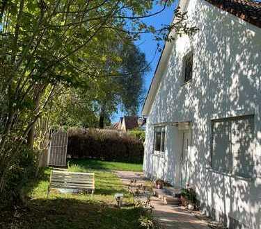 Ein-/Zweifamilienhaus in München - Ruheoase mit uneinsehbarem Grundstück auf Erbpacht