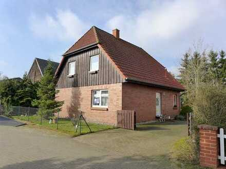 ☆ ☆ ☆ ☆ ☆ Einfamilienhaus mit ELW und Carport in Krugsdorf - nur 5 Minuten nach Pasewalk ☆ ☆ ☆ ☆ ☆