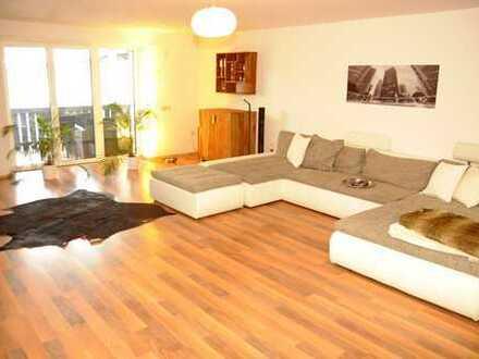 6-Zimmer-Wohnung 202 qm, mit Balkon/Terrasse und Einbauküche in Manching