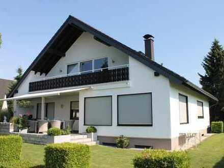 Stattliches Villenanwesen mit sehr hohem Wohnwert und unverbaubarem Blick auf den Odenwald!