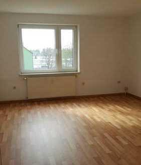 Helle 3-Raum-Wohnung in Bernsdorf
