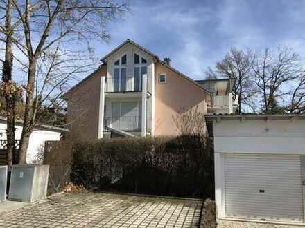 TOP LAGE - Dachterrassen-Wohnung + eigener Gartenanteil, gut vermietet in FFB Alt Buchenau